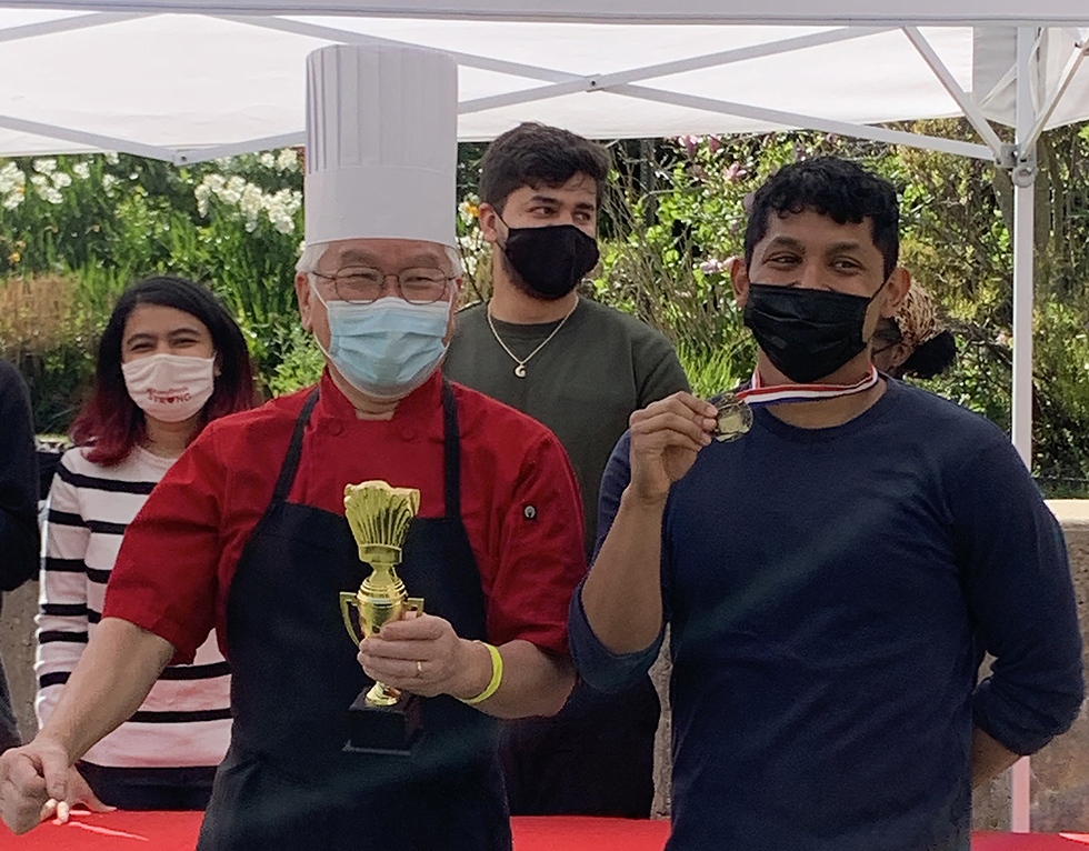 """USG Turns Up the Heat Hosting """"Kookoff with Mr. Kim"""" Culinary Competition"""